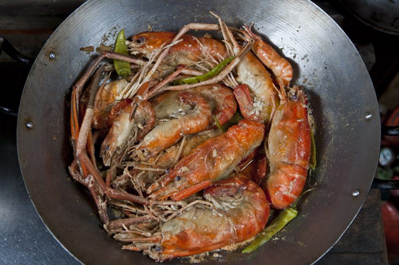 Eatingasia im dreaming of for her ulang sa gata lucia our hosts uber talented cook stews freshwater prawns averaging about 6 inches 15 centimeters in length in lightly seasoned forumfinder Choice Image