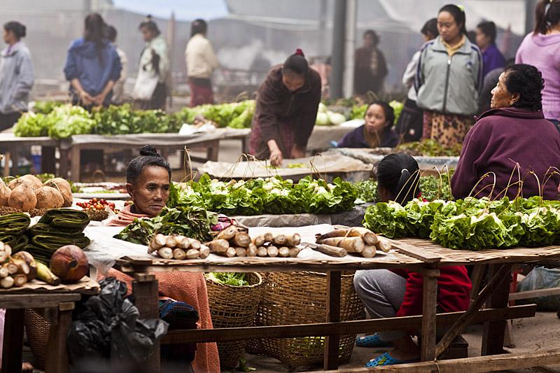 Luang_namtha_market