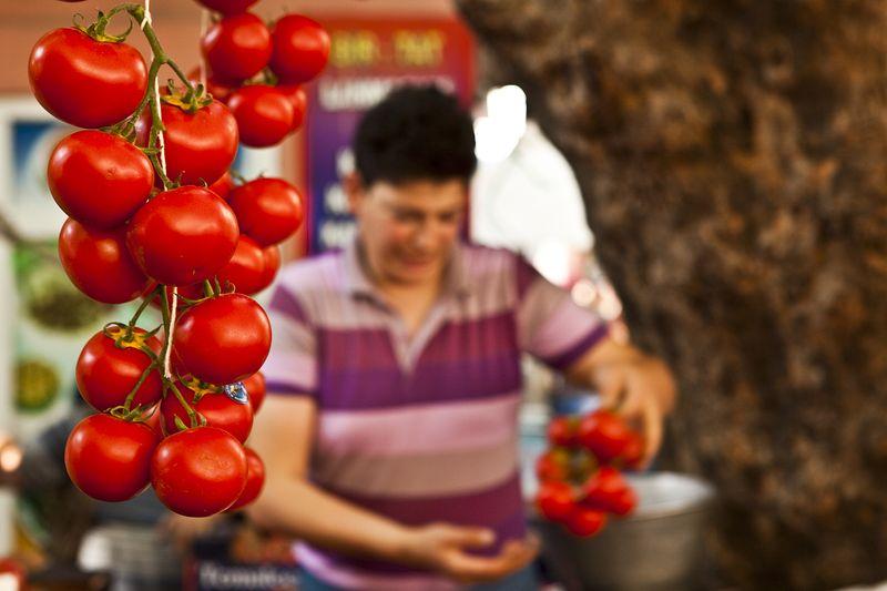 Dhagerman_istanbul_food_market