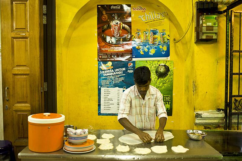 David-hagerman-penang-little-india-chapat-bakar-shop-roti