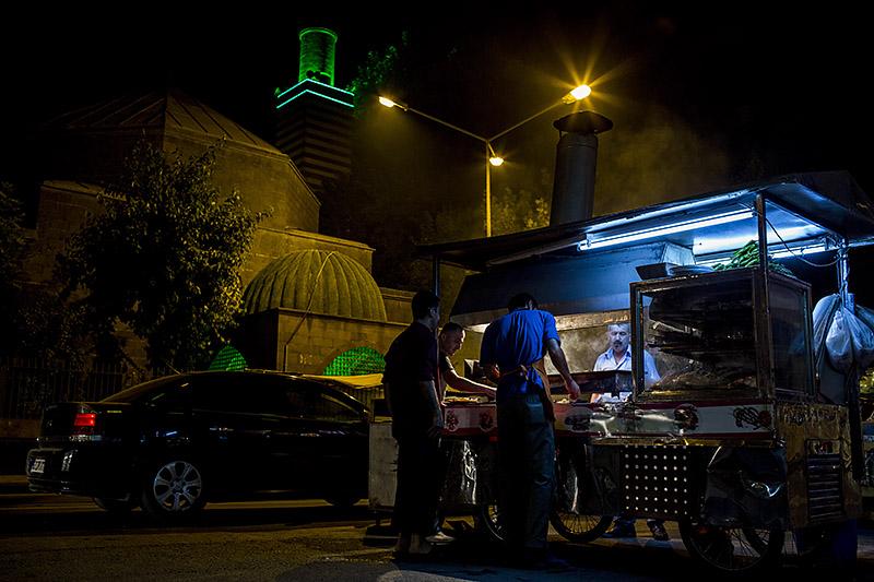 David-hagerman-liver-griller-diyarbakir-turkey-july-2013