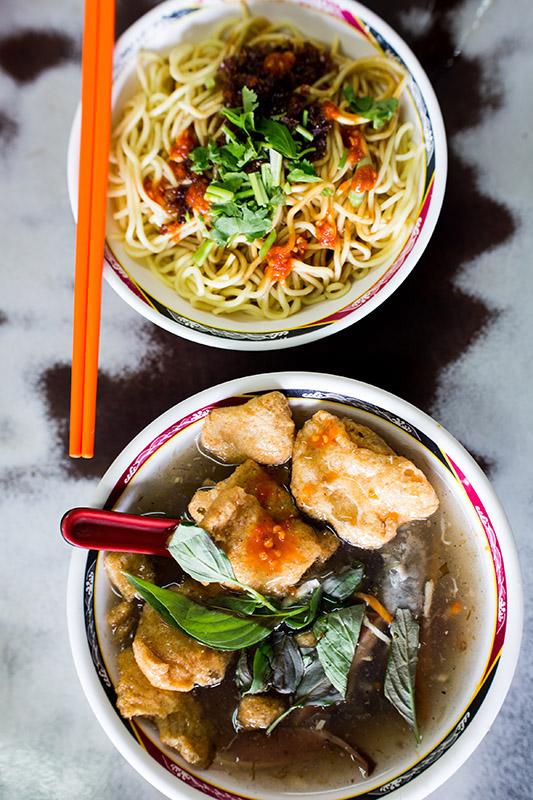 David-hagerman-squid-noodle-soup-vertical-gongguan-taipei-taiwan-july-27-2013