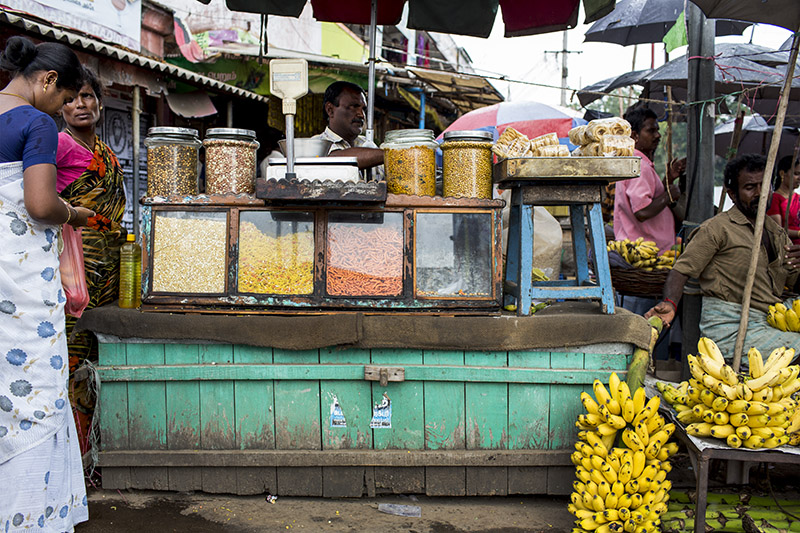 David-hagerman-snacks-cart-tamil-nadu-india-november-2013