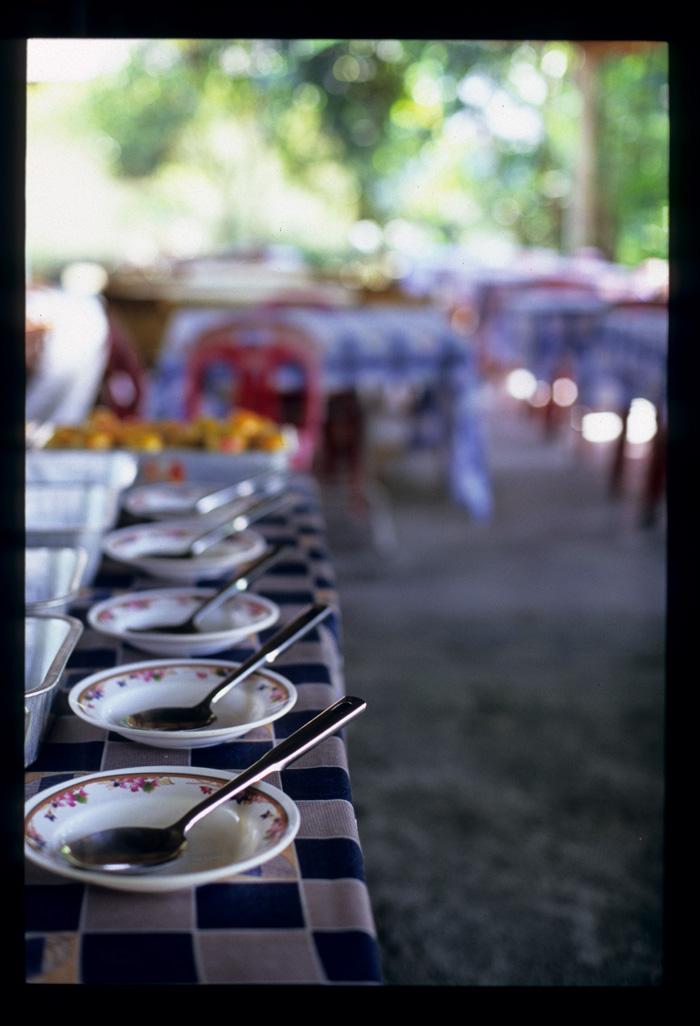 Kenduri_buffet_table