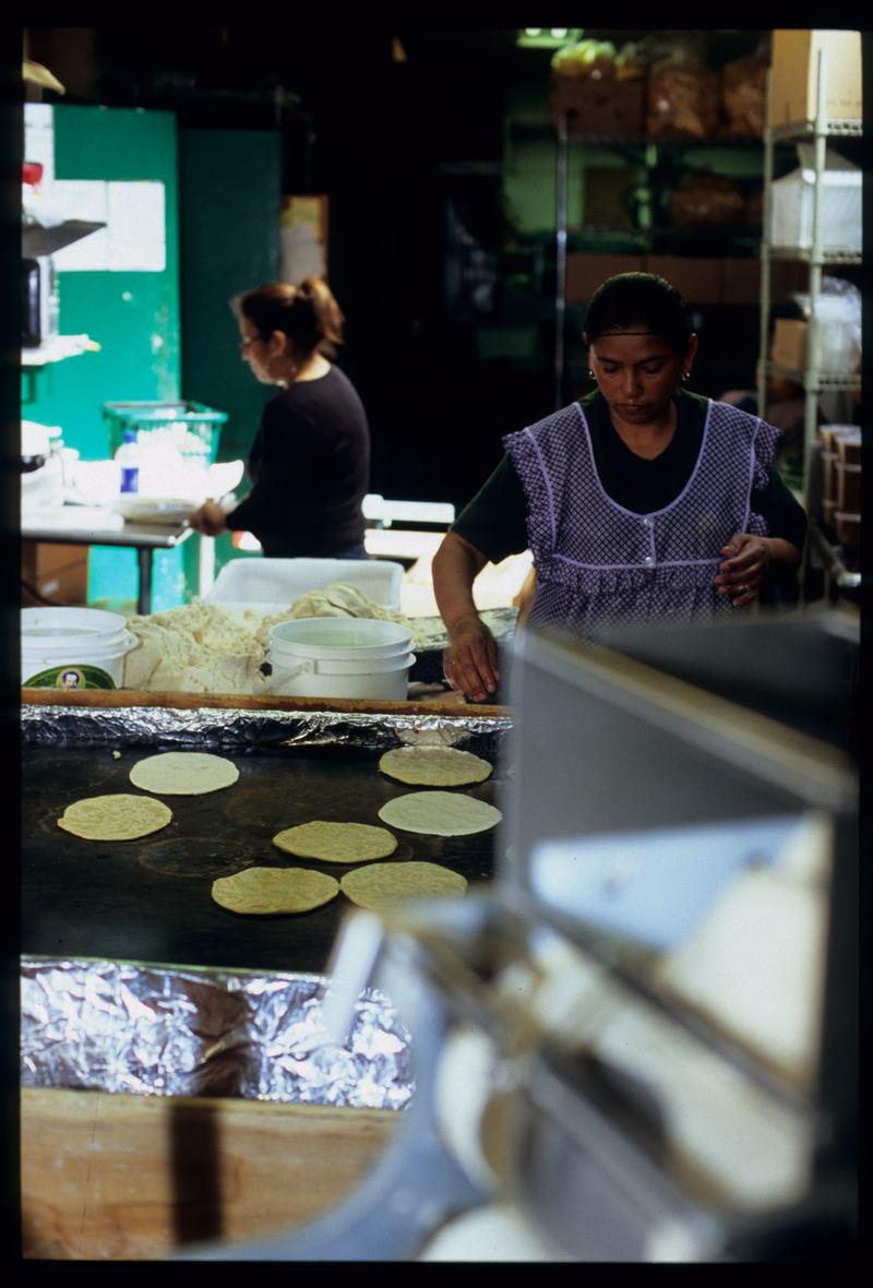Mission_la_palma_preparing_tortil_2