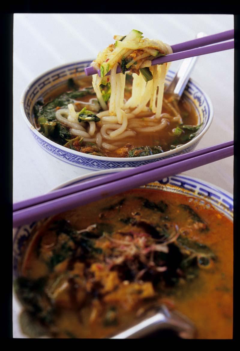 Penang_assam_laksa_2_bowls_liftup