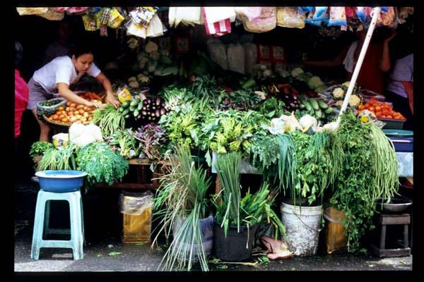 Baclaran_veggie_stall