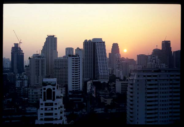 Bkk_am_skyline