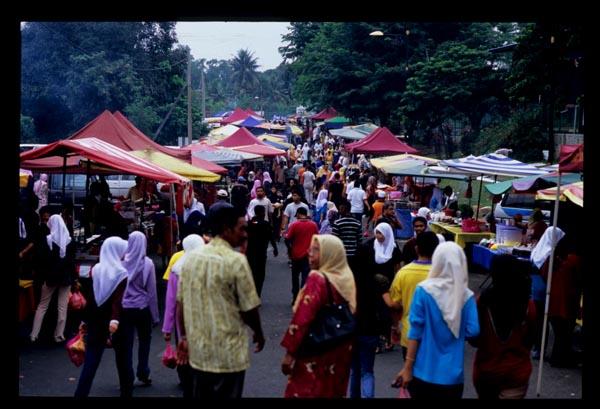 Temerloh_ramadan_crowds