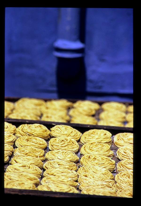 Kuc_noodles_blue_1
