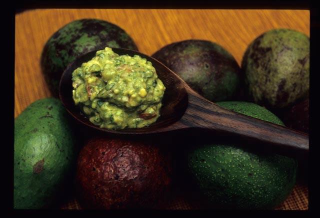 Avocadoes_in_guacamole