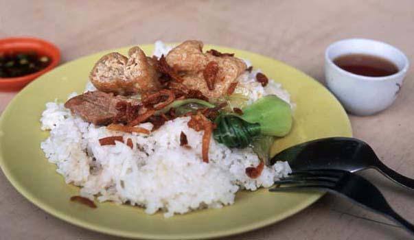 Bakkutteh_klang_plate
