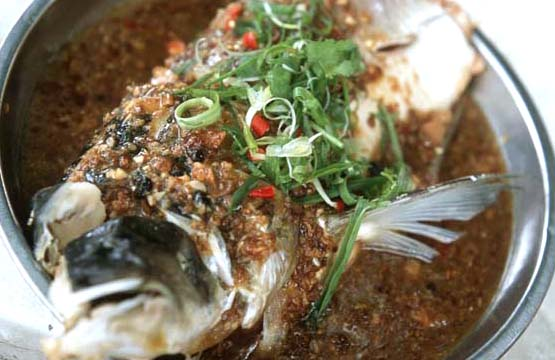 Big_tree_hakka_bean_paste_fish_head