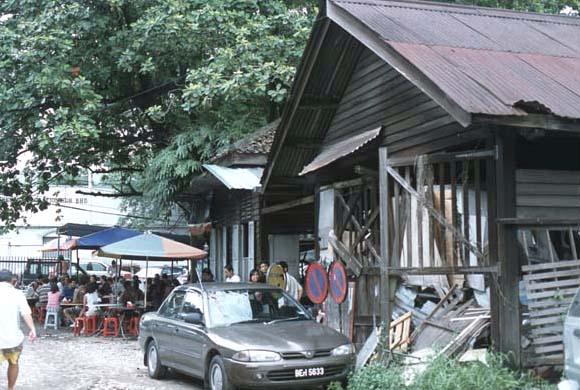 Big_tree_hakka_house