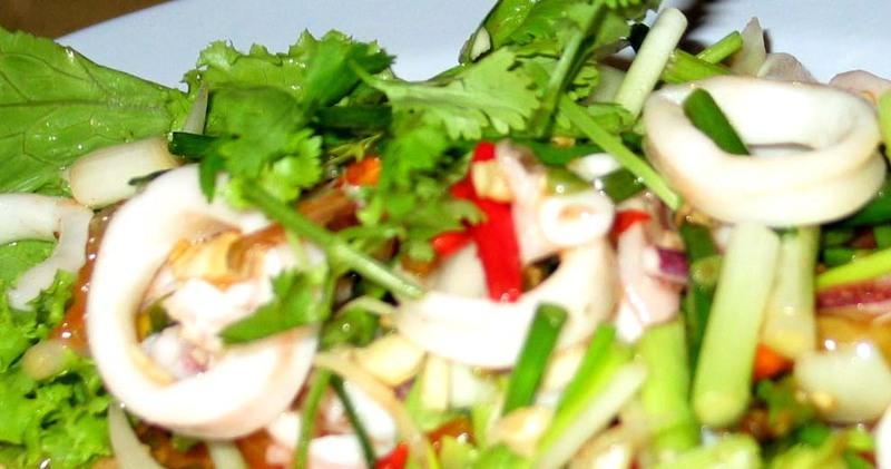 Cheng_mai_squid_salad
