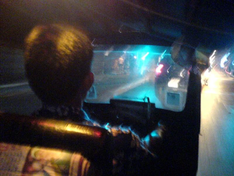 Chiang_mai_gai_yang_tuktuk