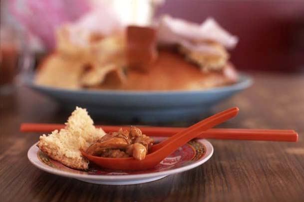 Kampar_chicken_bread_spoonful