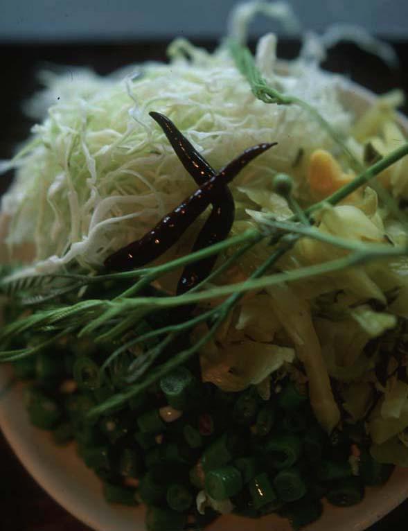 Kanom_chine_veg_plate