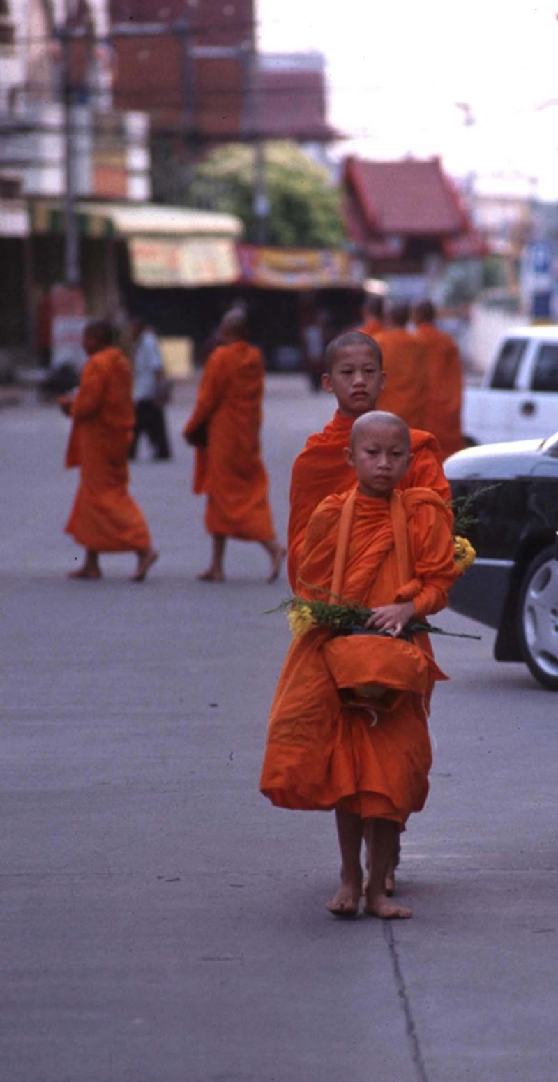 Nan_boy_monks_1