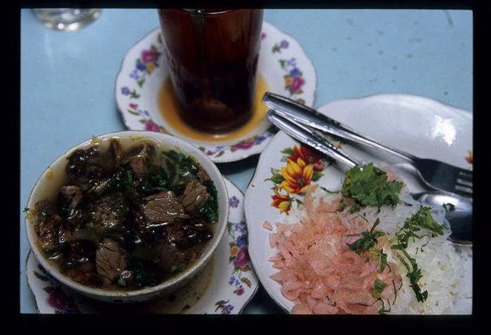 Padang_nightlights_dinner_1