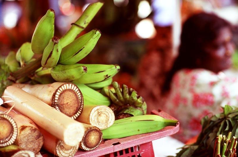 Pasar_sentul_bananas