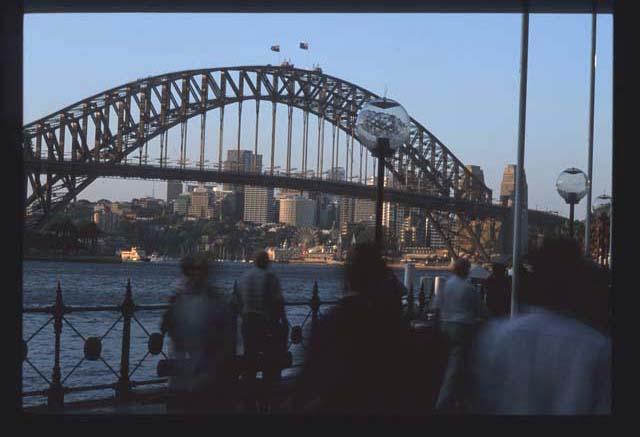 Sydney_bridge_1